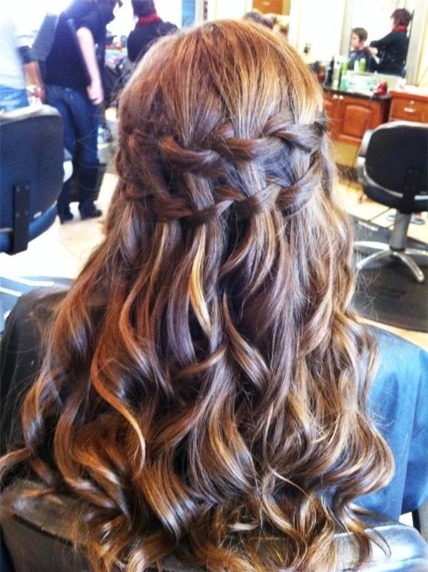 Những biến tấu tóc tết ngọt ngào cho cô dâu mới 11 BỚI TÓC, CÔ DÂU, 2014, SAO CHO ĐÚNG MỐT, DẠY BỚI TÓC, DẠY TẾT TÓC, VƯƠNG MIỆN, ĐÁM CƯỚI, MÙA CƯỚI